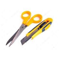 Cutters 180 black avec 2 lames de rechanges|CUCI007|ybureau