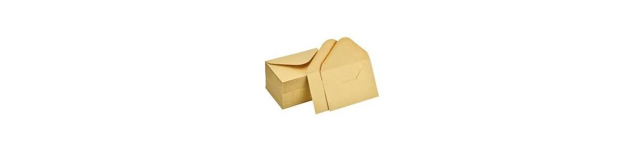 Enveloppes et étiquettes